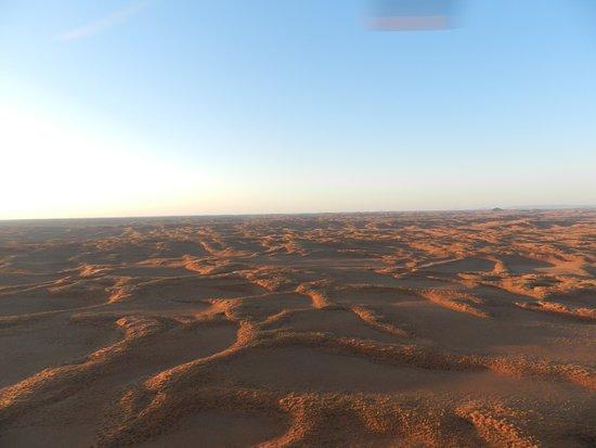 Sossusvlei Lodge Hot Air Balloon Flights: Le ombre delle dune