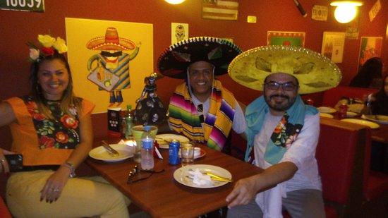 Ribeirao Pires: ROTA DA SERRA MVW TURISMO, Dom, 11/11/2018, R$ 160,00 Restaurante Temático TexMex (a parte)