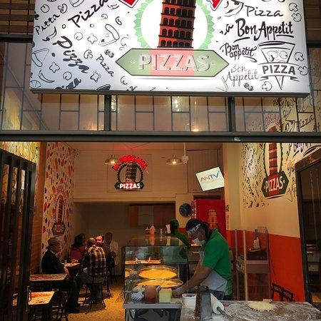 Pizzas la Toscana