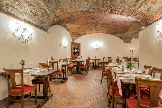 Ristorante Vignale: La Taverna-Sala grande