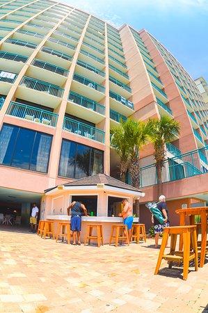 Sandcastle South Beach Resort: Seasonal Tiki Bar