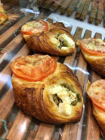 feta with tomato pastry