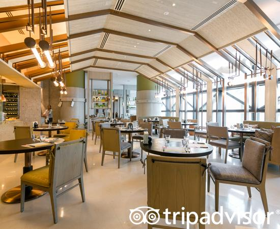 Smoke & Pepper at the Andaz Singapore - a concept by Hyatt