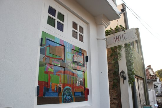 Antic guest house and shop