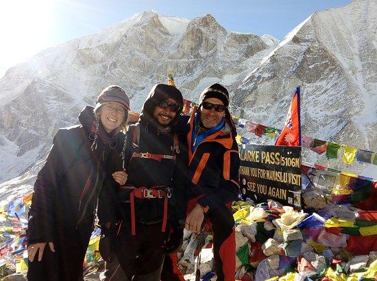 Mount Manaslu: Larke Pass