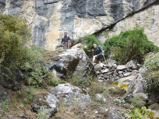 Mount Manaslu: Manaslu Circuit