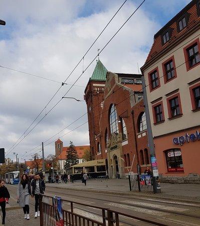 Торговый комплекс на улице Песчаной: Great looking market hall