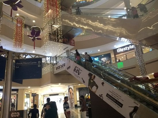 Central ambience of GIP MALL
