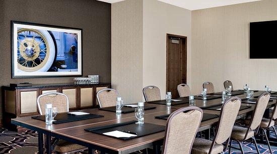 Interior - Hilton Garden Inn Chicago McCormick Place Photo
