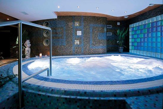 Hotel Atena Wedding Business & Spa: Strefa Wellness - jacuzzi