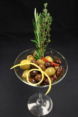 Don Ricos Sports Bar & Grill: Olive medley marinated in Kettle 1 Vodka, fresh herbs & lemon zest