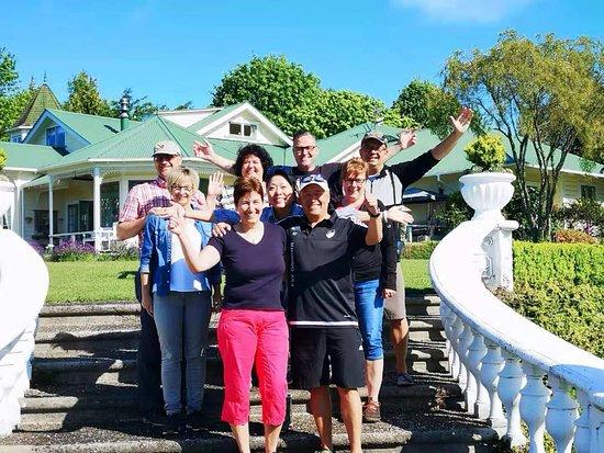 Country Villa Estate: Global friendship