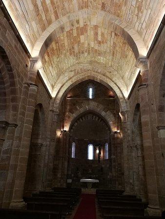 Aguilar de Campoo, Spania: Nave central.