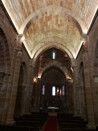 Aguilar de Campoo, Spain: Nave central.