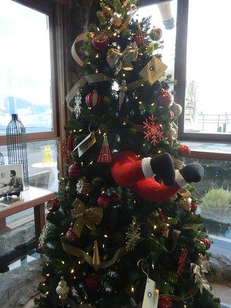 Funny Christmas tree! ;)