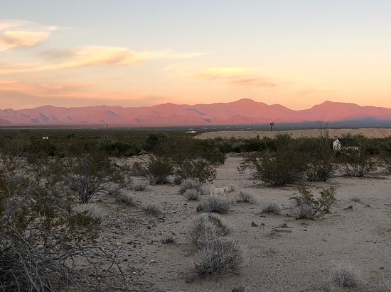 Stagecoach Trails Guest Ranch: sunset