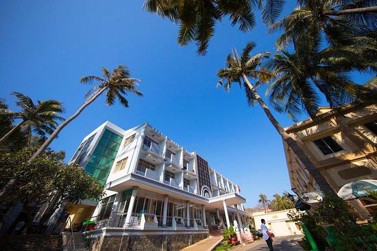 Phòng Superior Tripple - Picture of Doi Dua Hotel, Vung Tau