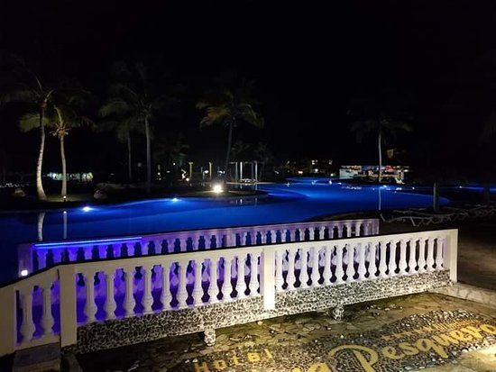 Playa Pesquero: Piscine