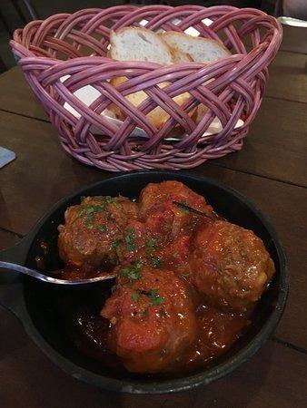 Albondigas Maxicanas (Lamb meat balls)