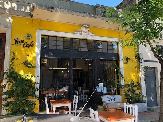 Vive Cafe is perfect for a morning drop of espresso in Palermo Hollywood!