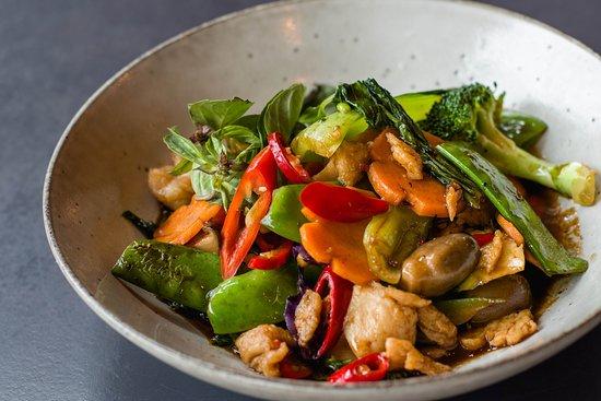 Minh Minh Saigon Soul: Chicken Basil