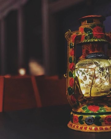 Beautiful Pakistani handicrafts featured all around the main lounge!