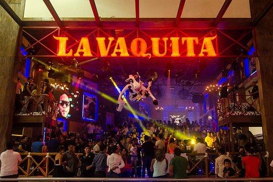 行をスキップ:カンクンのLa Vaquita Open Bar