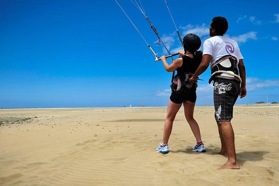 Kite Surf Beginners Course in Gran...