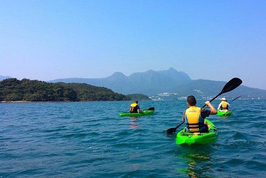香港ジオパークでのカヤック体験
