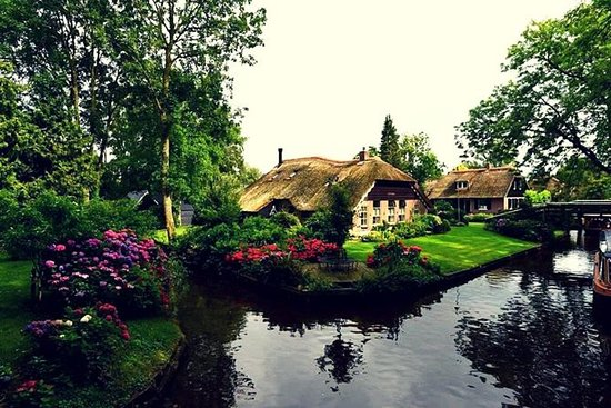 Giethoorn Day Trip from Amsterdam