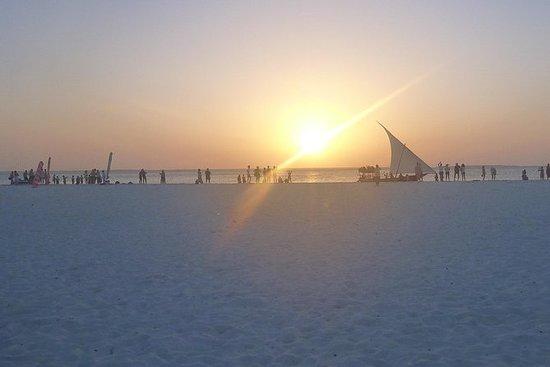 从桑给巴尔出发的Kendwa海滩和Nungwi半日游