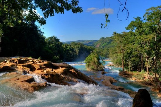 Day Trip to Agua Azul Waterfalls and Palenque from San Cristobal