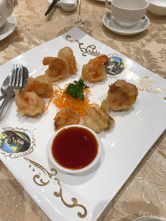 Crown Princess Fine Dining: Crispy Prawn with sweet and sour sauce on the side