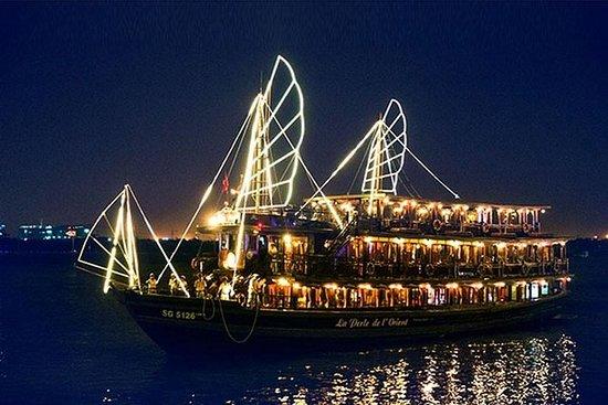 私人胡志明乘吉普车晚间游和晚餐游船
