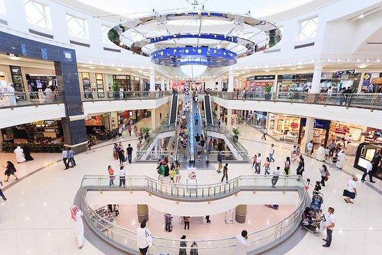 Excursión de compras de medio día por...