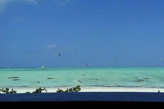 包括Paje海滩和蓝色泻湖半日游在桑给巴尔午餐