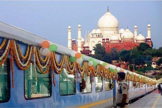 Visite privée du Taj Mahal par...