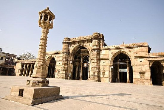 An Insight tour of Ahmedabad with Breakfast and Tuk Tuk Ride: An Insight tour of Ahmedabad