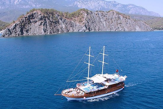 Alanya Boat Trip Including Lunch and...