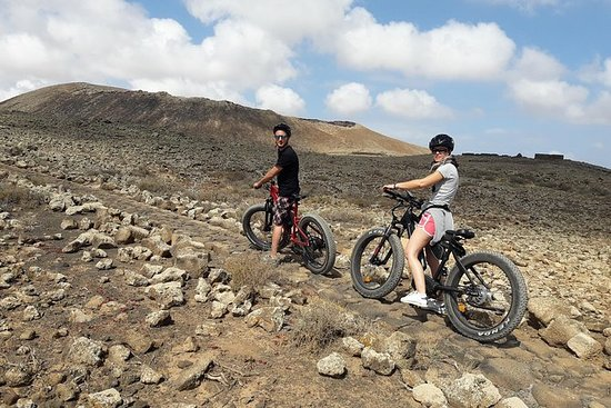 E-BIKE (FAT BIKE) EASY TOUR CORRALEJO...