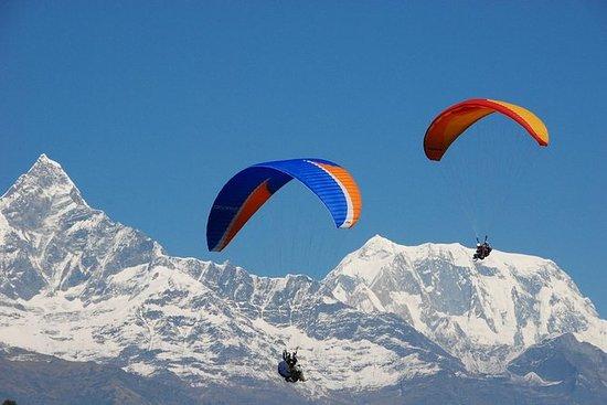30 minutos de parapente en Pokhara