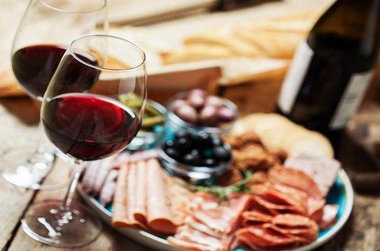 Destaques de Florença através da excursão gastronômica a pé com vinho e a Accademia: Florence Highlights Through Food Walking Tour With Wine And Accademia