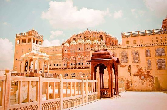 Same Day Jaipur Tour from Delhi by car