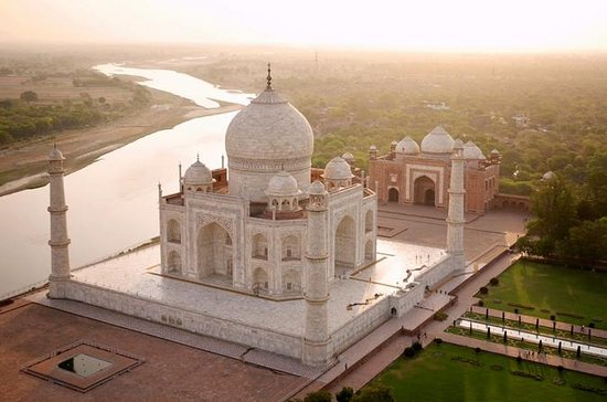 Private Day Trip To Agra Including Mughal Heritage Walking Tour: Private Day Trip To Agra Including Mughal Heritage Walking Tour