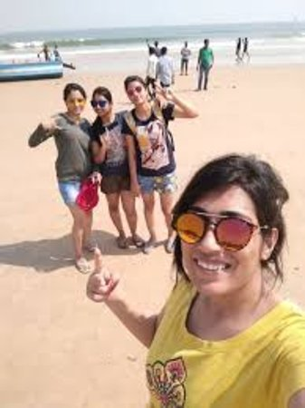 Goa, India: Girls Get Ready For water sports adventure