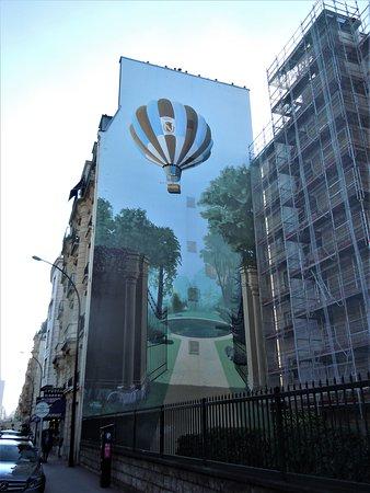 Fresque La Montgolfiere