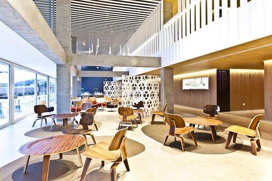 OD Port Portals: Bar/Lounge