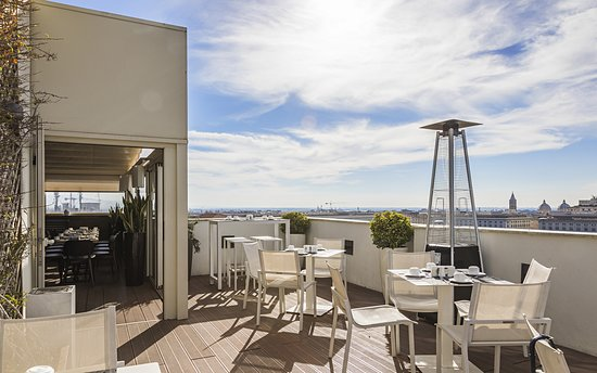 The Independent Hotel: Rooftop Terrace