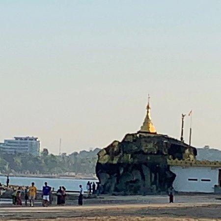 Chaung Tha beach照片