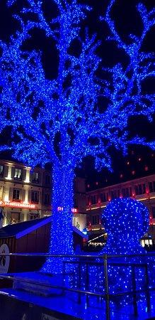 Estrasburgo, França: Weihnachtsmarkt Impressionen 2018.